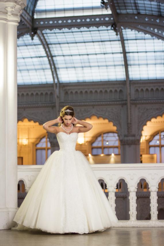 69de73176f Portfolios | La Rose Esküvői Ruhaszalon